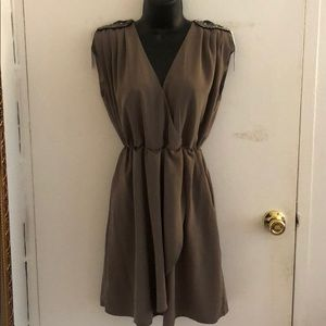Mid-V neck Dress!